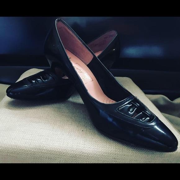 Shoes   Vintage 195s Ladies Pumps Size